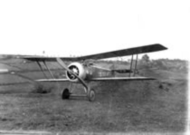 El biplano Macchi Harriot