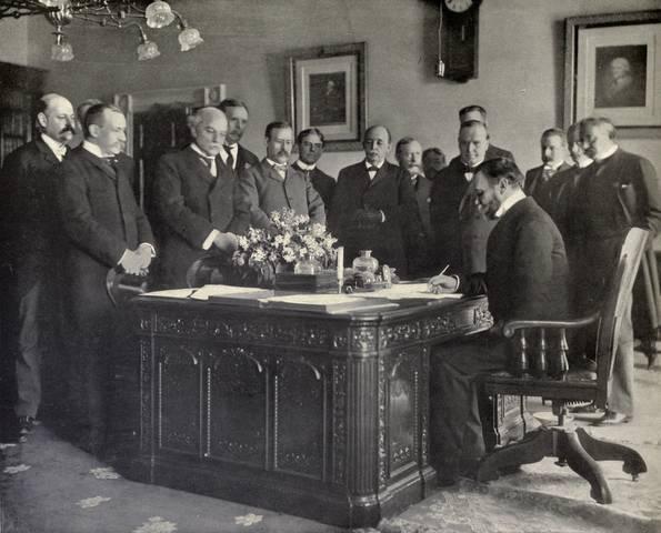S-A War- Treaty of Paris Signed
