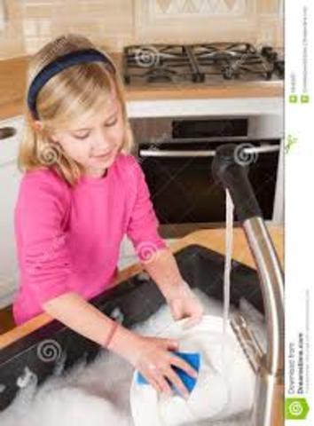 Ayudé lavar los platos por primera vez en dos mil once.