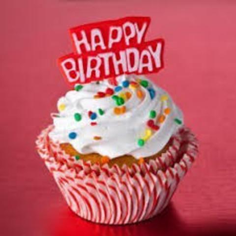 Celebré mi trece compleaños en dos mil trece.