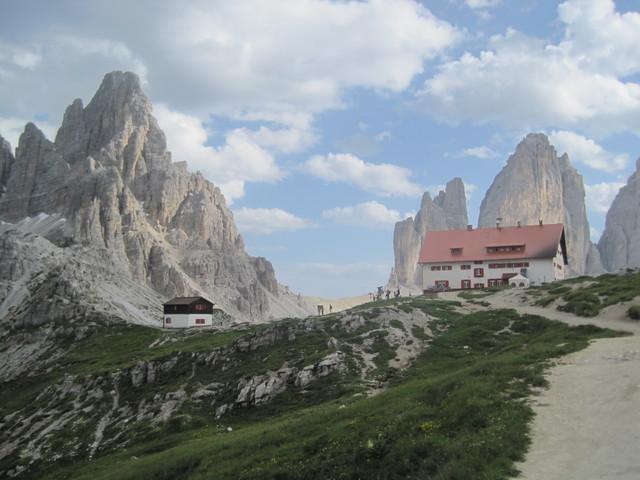 Fui a Italia en el verano de dos mil quince con mis padres, mi hermana, y mi amiga.