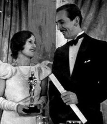 Disney Married Lillian Bonds