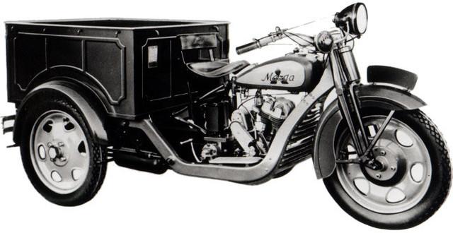 Primer Automovil Mazda