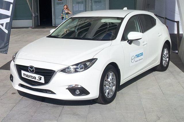 Mazda 3 Tercra Generación