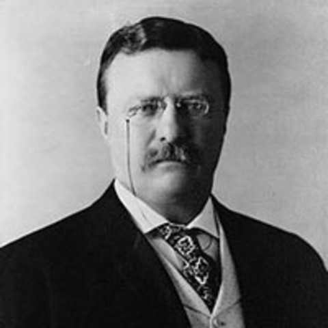 Roosevelt proclaims amnesty with the Philippines
