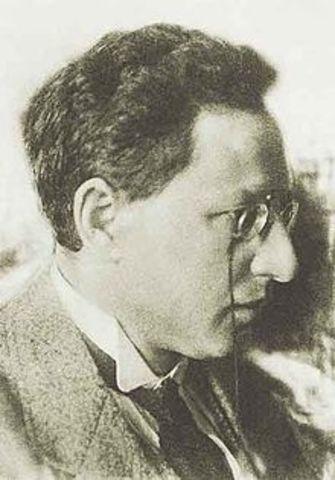 Assassination Attempt at Lenin & Assiassination of Uritsky