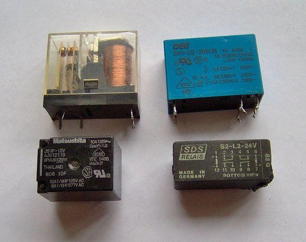 Relés Electromecánicos y Amplificadores