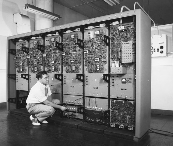 Premier ordinateur : Whirlwind