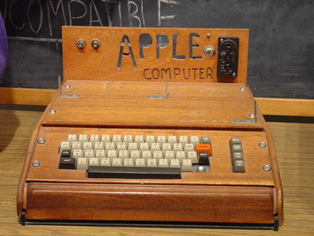 Fondation d'Apple et premier Apple Computer