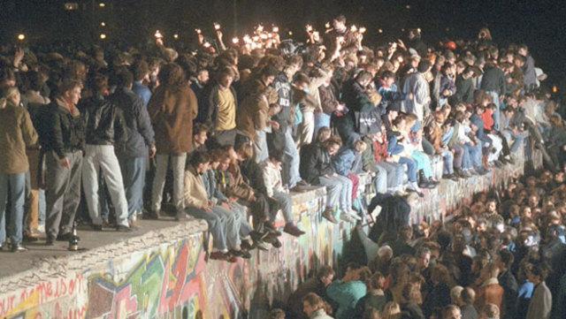Berlin wall falls.
