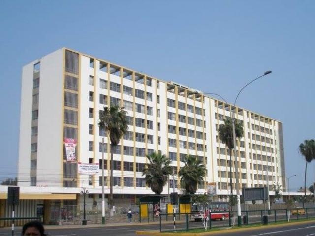 Escuela de enfermeras del hospital Daniel A. Carrion