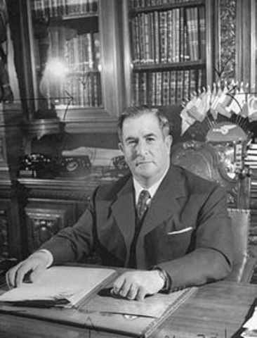 Manuel Ávila Camacho.