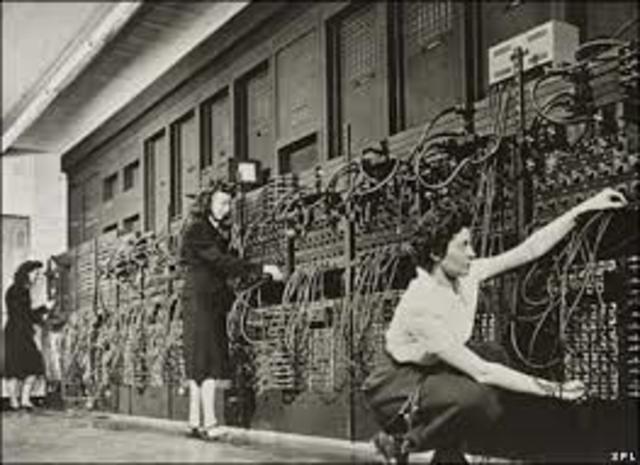 COMPUTADORA ENIAC (1974)  PRIMERA GENERACION