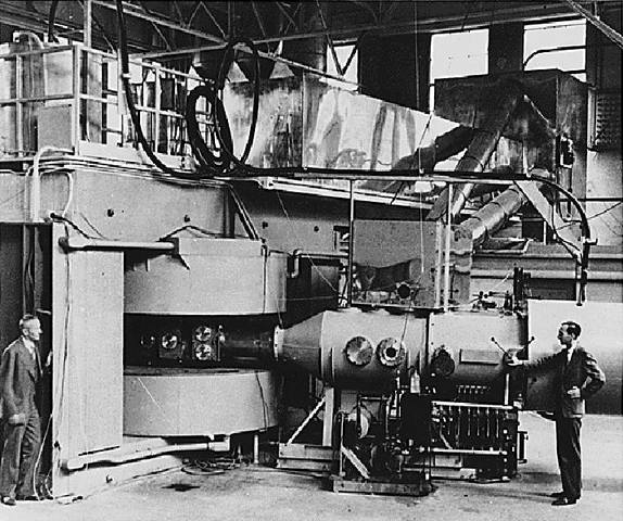 1st nuclear fission experiment in the US.