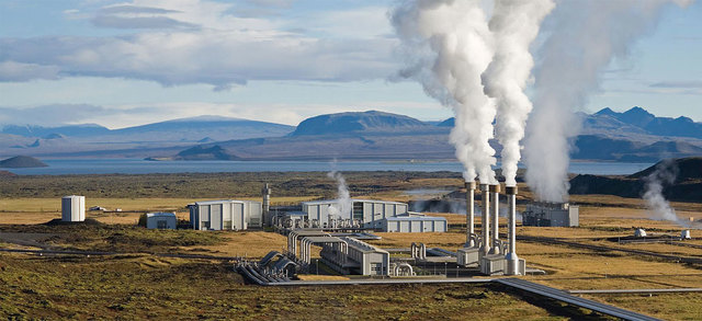 U.S's First Commerical Geothermal Plant