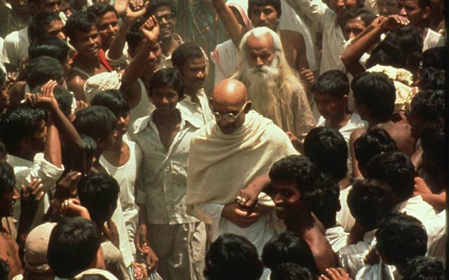 Calming the tension between Hindus-Muslims