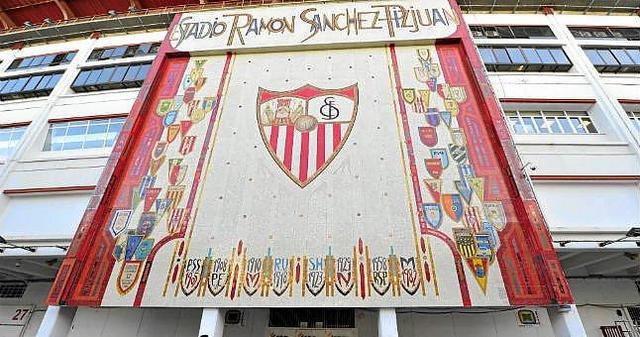 World Cup in the Ramón Sánchez Pizjuan