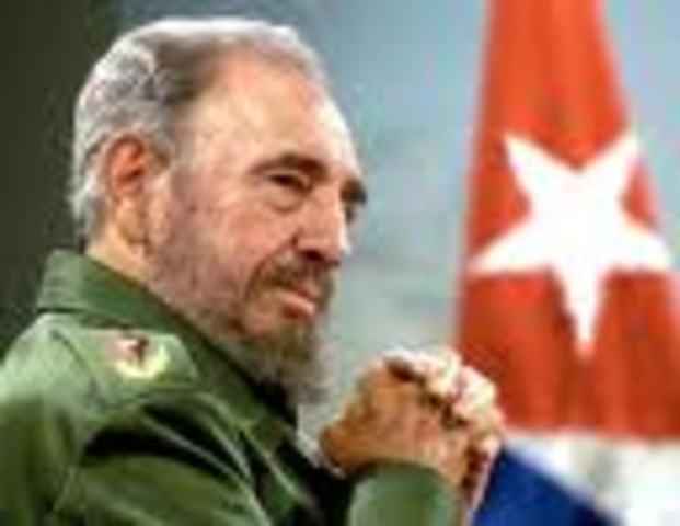 FIDEL CASTRO PROCLAMA LA REPUBLICA SOCIALISTA