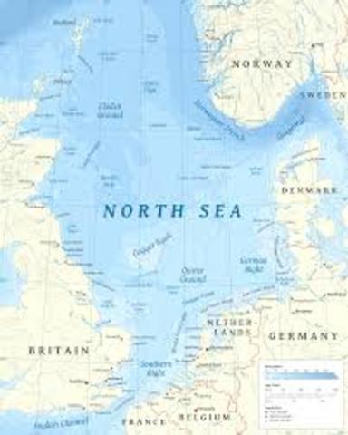 England Declares North Sea a War Zone