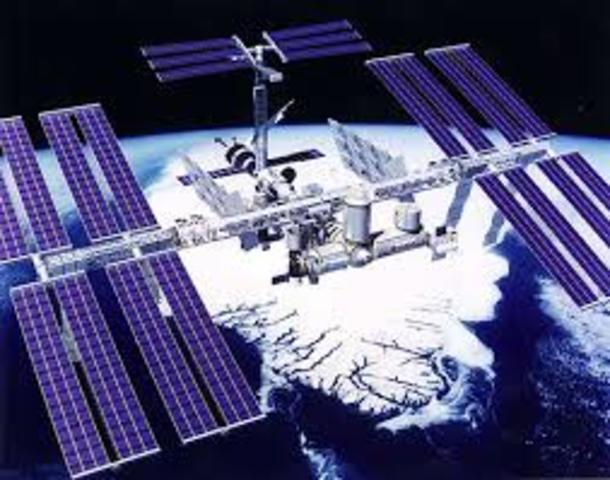 First US Satellite in Orbit Utilizes Solar Cells for Power