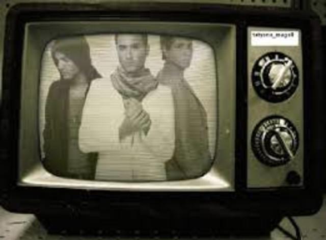 Televisor a color de perilla