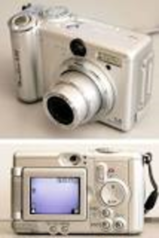 First electronic camera