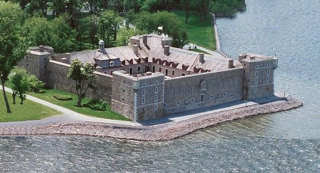 Fort-Chambly : Camp militaire britannique