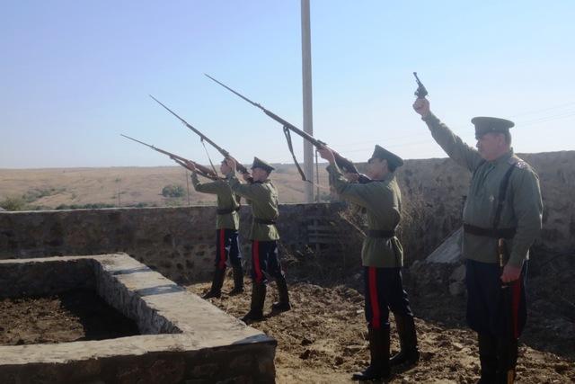 Отдание воинских почестей в х.Волченский Каменского района