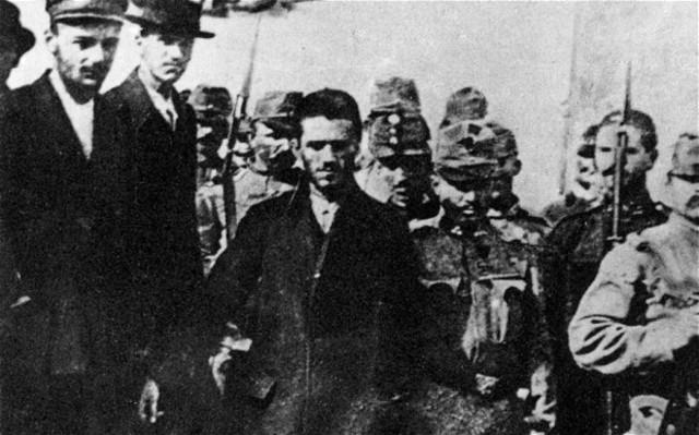 Princeps' Pistol murders Franz Ferdinand