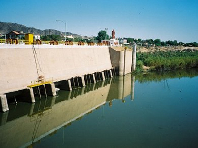 Chris Reaches Morelos Dam