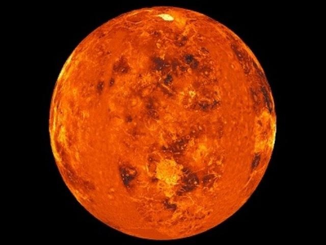 Mariner 2 confired Sagan's views that venus was dry and very hot