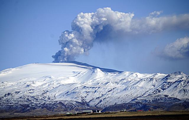 Erupción Volcán Eyjafjöll