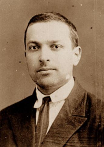 Vygostky -  se enfocó respecto a los referentes ajenos al individuo y el aumento de la independencia