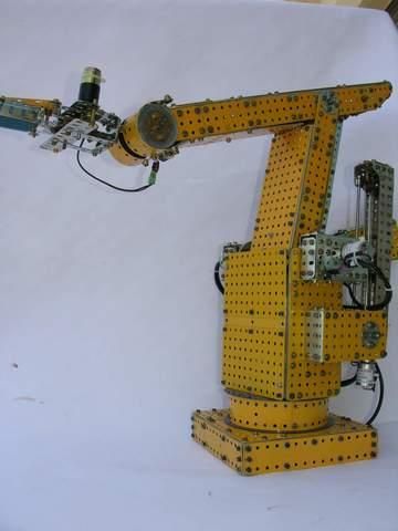 Robot LRB6