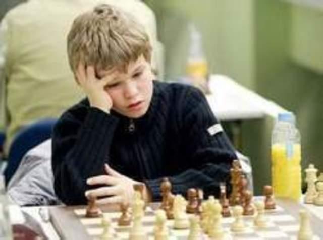 Magnus Carlsen es el jugador más joven en obtener 2800 puntos ELO.