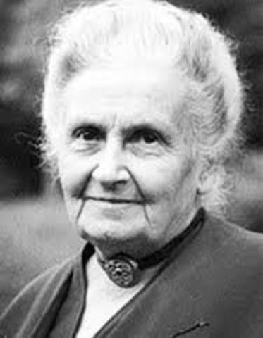 Nace María Montessori.
