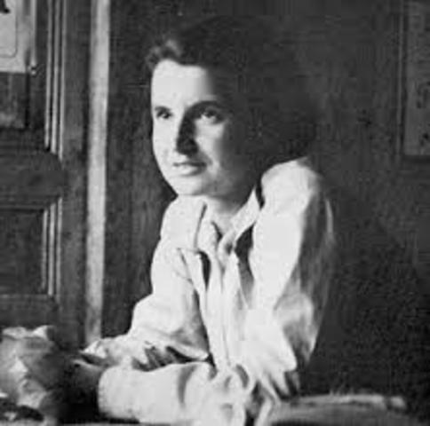 Muere Rosalind Franklin a los 37 años.