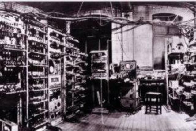 Primer computadora digital
