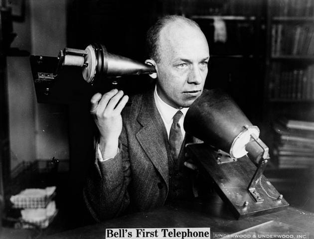La primera transmisión de radiotelefonía