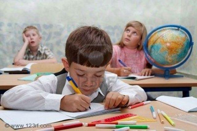Edgar va a la primaria