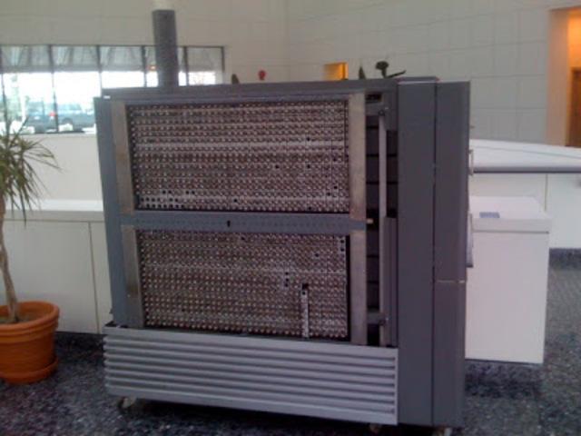 IBM 701. Para introducir los datos (tarjetas perforadoras).
