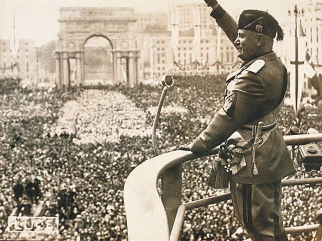 ITÀLIA - Del règim liberal a la dictadura feixista