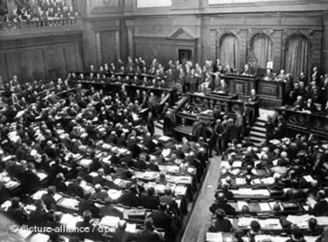 A: Nova república: República de Weimar