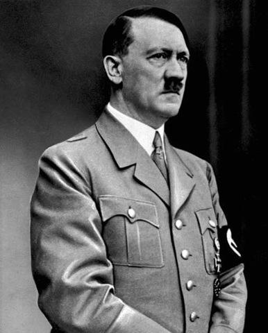 A: Hitler com a cap de l'NSDAP