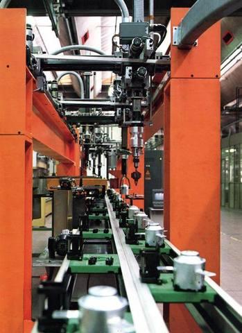 Robot para operaciones de montaje