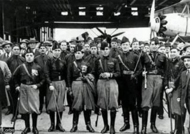 Fasci Italiani di Combattimiento.