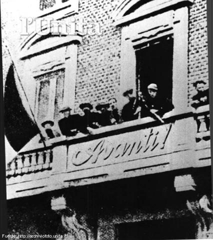 Destrucció de les oficines del diari socialista Avanti.
