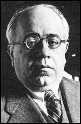 Dimite José Giral.