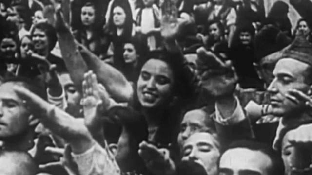 El bando nacional celebra el aniversario del alzamiento declarando fiesta nacional el 18 de julio
