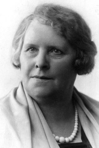 Regine Normann(1)